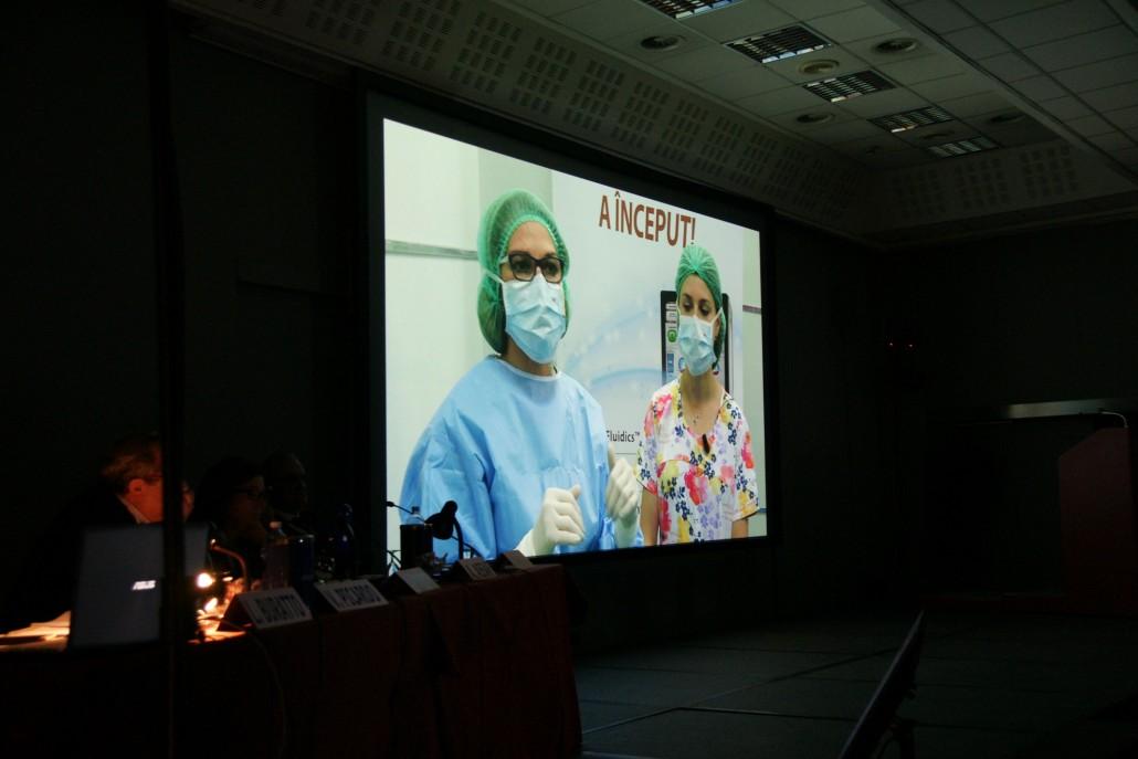 """Collegamento di """"Live surgery"""" con la Oculus Eye Clinic di Bucarest (Romania)"""