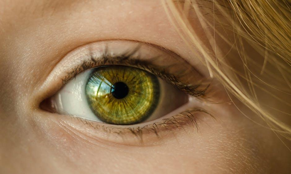 Prevedere chi soffrirà di perdita di memoria studiandone gli occhi? Forse sì